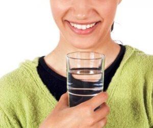 כוס המים והאתגרים בחיים